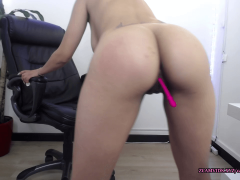 Latina cam show twerking and squirting on my chair